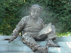 Einstein statue in Washington, D.C.